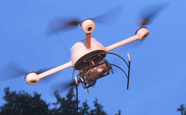 Eine Drohne flog über das Bundeskanzleramt.