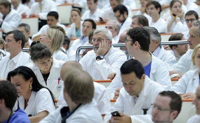 Wiens AKH-Mediziner stimmen bis 27. Mai über Streik ab