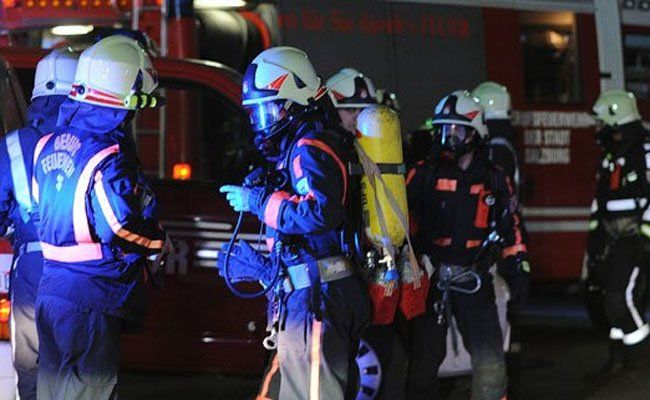 Mutter und zwei Kinder bei Wohnungsbrand in Wien leicht verletzt