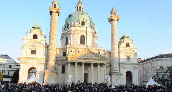 Der Karlstag lockt auch heuer wieder das kulturinteressierte Publikum zum Karlsplatz