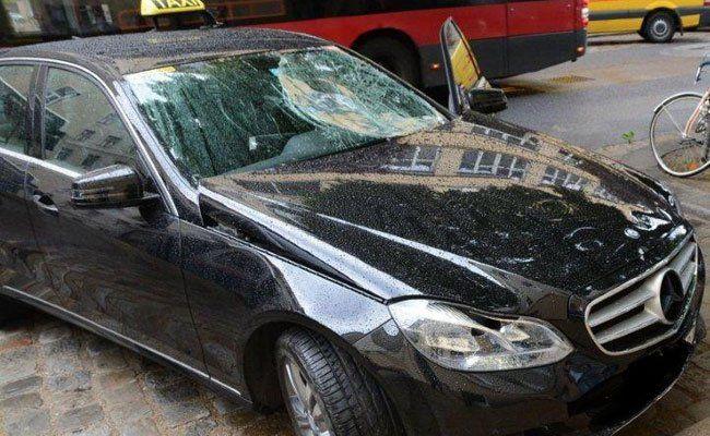 Wien-Margareten: Radfahrerin bei Verkehrsunfall schwer verletzt
