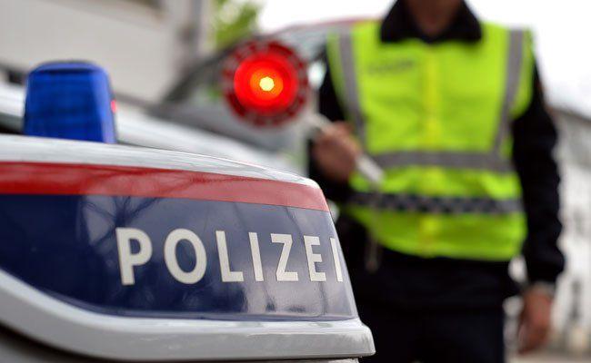 Bei einer Polizei-Kontrolle fiel das gestohlene Fahrzeug auf.