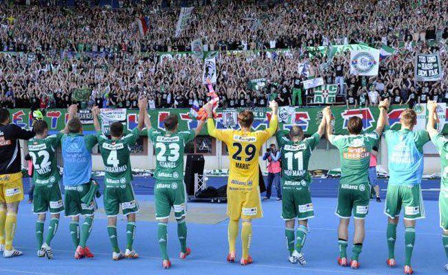 Jubel bei Rapid nach dem Derby-Sieg am Sonntag.