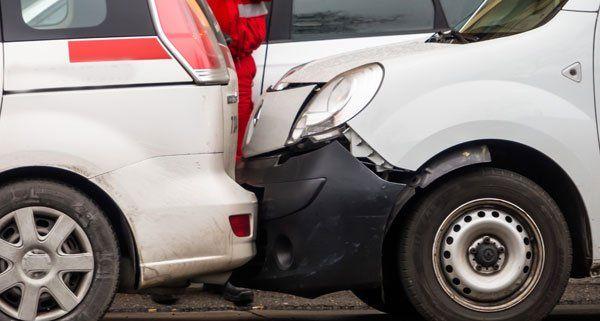 Wien-Favoriten: Auffahrunfall mit drei beteiligten Fahrzeugen