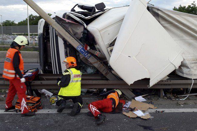 Am Montag ereignete sich ein schwerer Verkehrsunfall auf der Wiener Südosttangente (A23).