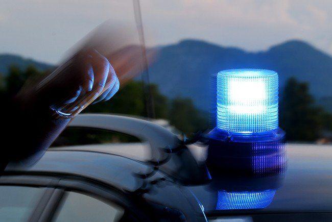 Drei Österreicher starben nach einem Verkehrsunfall in Dresden.