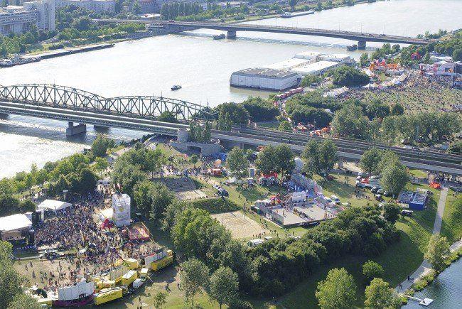 Rund 200 Sanitäter sind am Festivalgelände unterwegs.