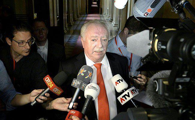 Der Wiener Bürgermeister Michael Häupl äußerte sich zum Voves-Rücktritt
