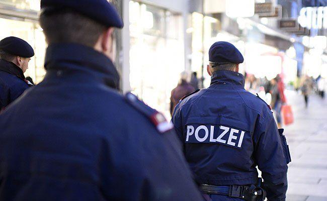 Die Polizisten rückten anch einem Raubüberfall aus