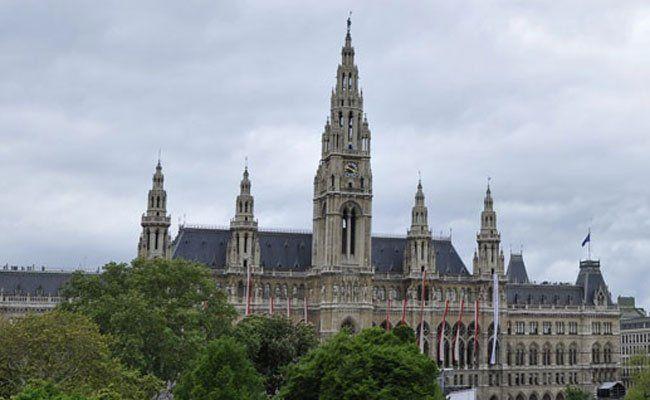 Das Eröffnungskonzert findet im Hof des Wiener Rathauses statt