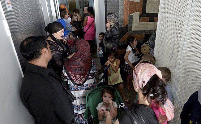 Asyl: Bald sogar Basisversorgung schwierig
