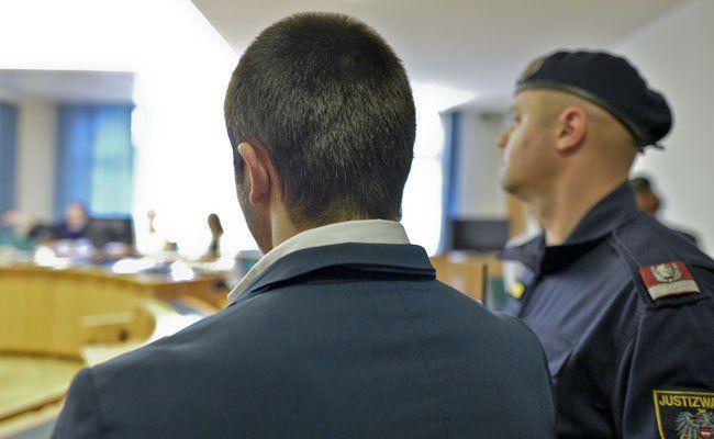 Der Hauptangeklagte wurde am Dienstag befragt.