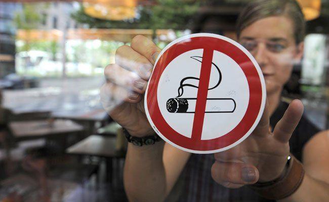 Rauchverbot - Regierung schickt Gesetz ins Parlament