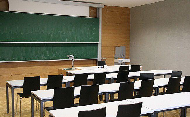 Schauplatz Schule: Was Lehrer und Schüler dürfen, ist ganz genau geregelt