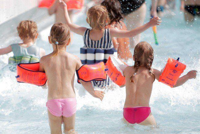 Wichtige Tipps zur Vermeidung von Badeunfällen im Sommer.