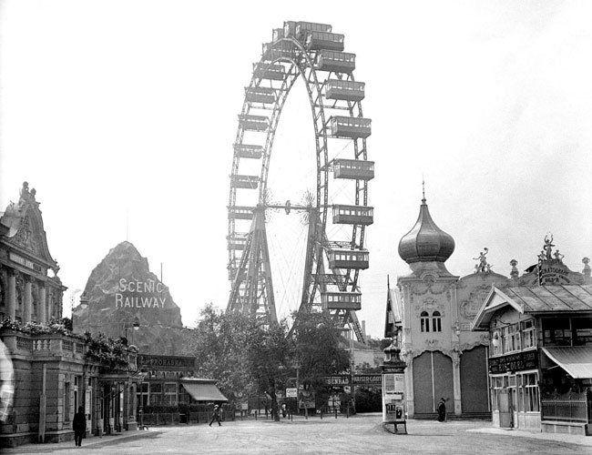 Das Riesenrad im Wiener Prater im Jahr 1910