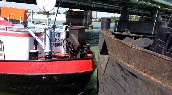 Unbekannte lösten am Samstag die Taue von zwei Schiffen auf der Donau.