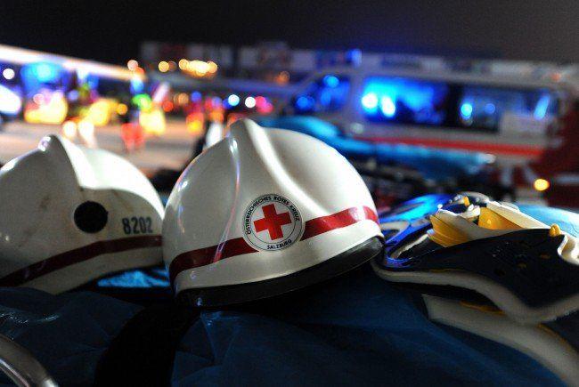 Ein 27-jähriger Flüchtling starb bei einem Verkehrsunfall auf der Westautobahn.