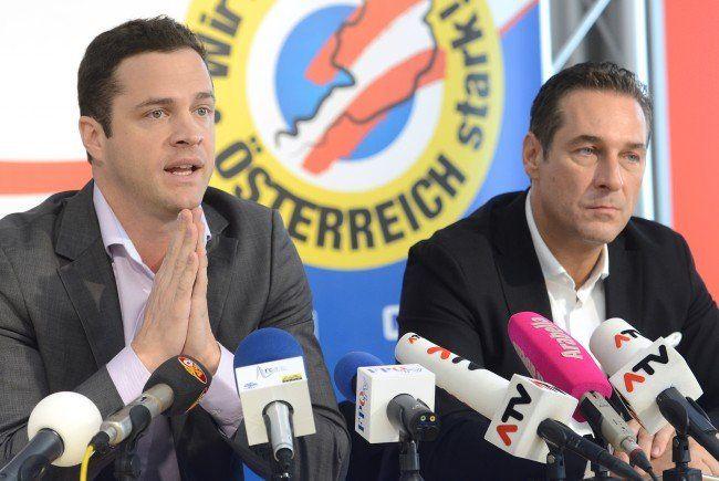 Johann Gudenus (li.) und FPÖ-Spitzenkandidat Heinz-Christian Strache führen die Liste zur Wien-Wahl 2015 an.