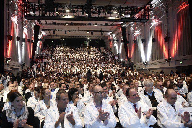 Spitalsärzte - KAV Wien: Ärztekammer nimmt Paket an - mit Vorbehalt