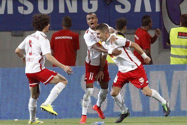 Red Bull Salzburg, Rapid Wien, Sturm Graz, Altach und der WAC kämpfen um die Rückeroberung des 5. Startplatzes.