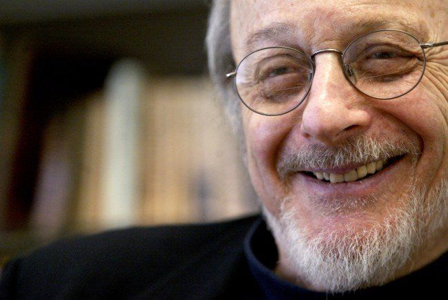 "ragtime e.l. doctorow essays Алёшкина (ая-41(2)) the analysis of the extract from ""ragtime"" (by el doctorow) ""ragtime"" is an el doctorow's novel that was published in 1975 and."