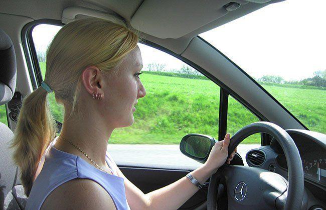 Die Tochter wollte statt ihrer Mutter die Führerscheinprüfung absolvieren