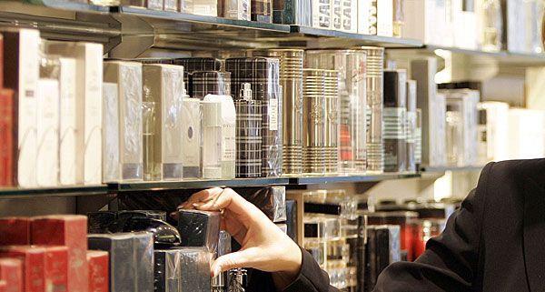 Ein mutmaßlicher Parfum-Seriendieb wurde gefasst