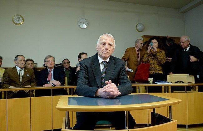 Der ehemalige Präsident des OGH, Johann Rzeszut, beim Prozess in Wien