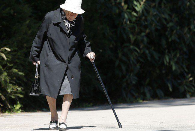 Pensionisten mit eingeschränkter Mobilität soll mit dem Service geholfen werden.