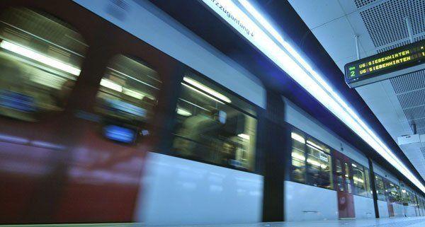 Wien-Döbling: Anzeige wegen des Verdachts der Sachbeschädigung an U-Bahn-Waggon