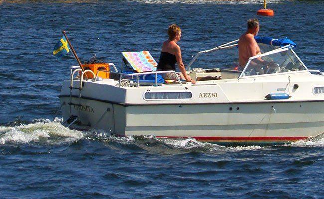 Ohne Schiffsschraube war das Sportboot manövrierunfähig.
