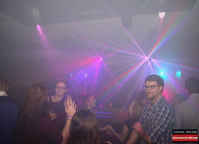 Der lutz Club in bester Lage sorgt jedes Wochenende für beste Partystimmung