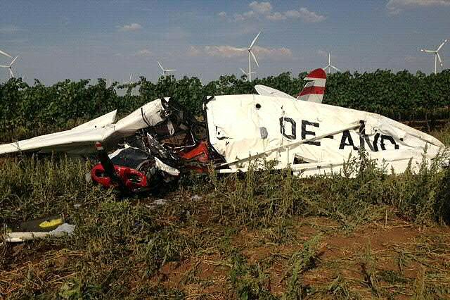 Der Pilot des Kleinflugzeugs überlebte den Absturz nicht.