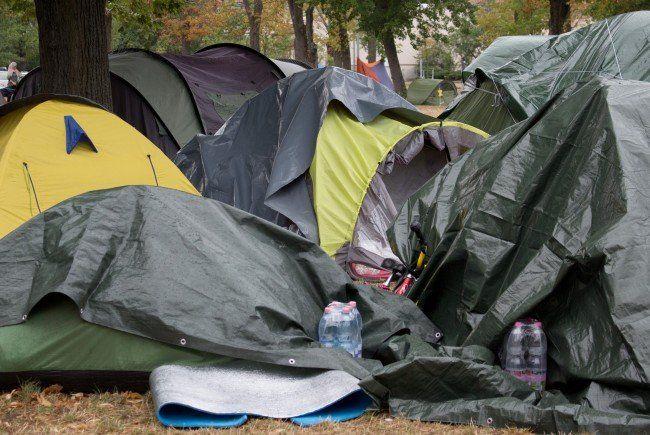 Die Lage im Erstaufnahmezentrum Traiskirchen entspannt sich laut Innenministerium.