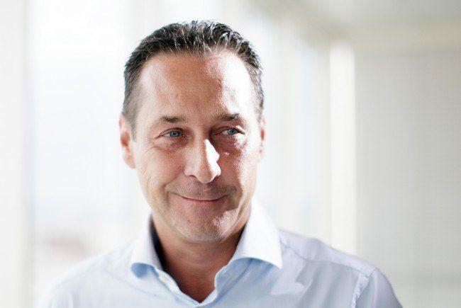 FPÖ-Chef Heinz-Christian Strache zeigte sich im Sommergespräch staatsmännisch