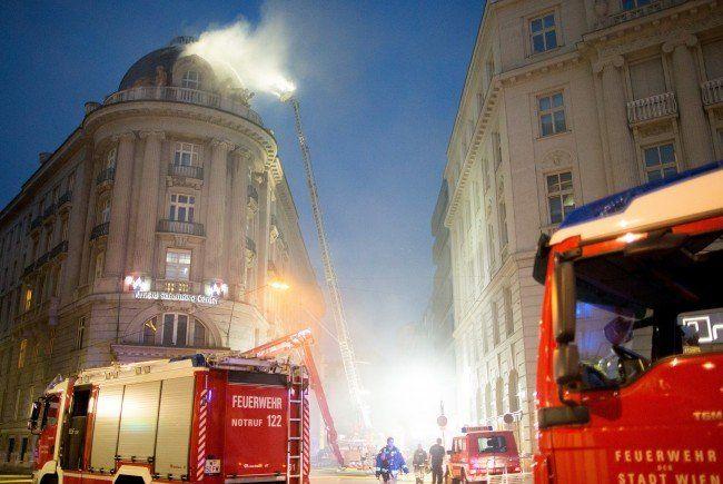 Am Mittwoch brach im Palais Fanto am Wiener Schwarzenbergplatz ein Feuer aus.