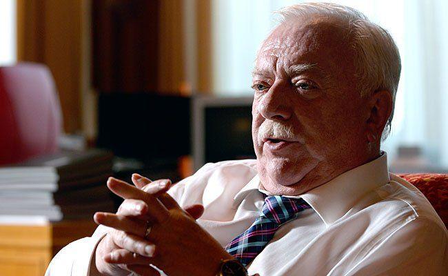 Bürgermeister Michael Häupl beim Interview in Wien