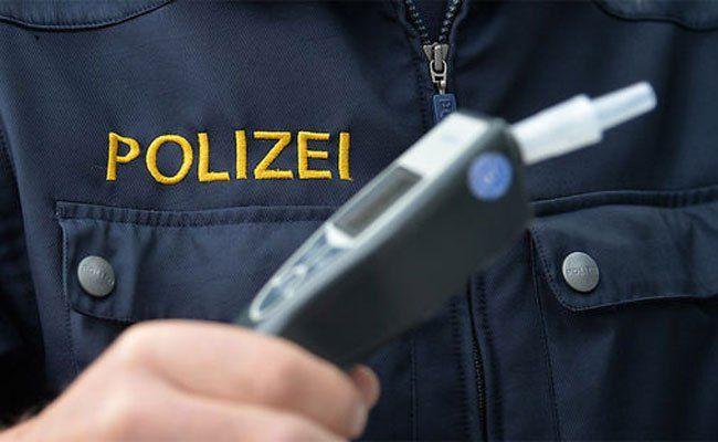 Unfall in Ottakring: Führerschein eingezogen.