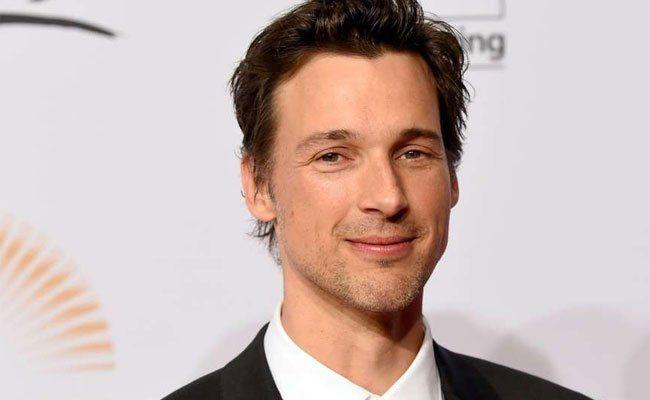 In der Rolle von Erich Kästner wird Florian David Fitz zu sehen sein.
