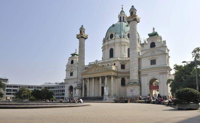 Die Karlskirche markiert die Grenze zwischen 1. und 4. Bezirk