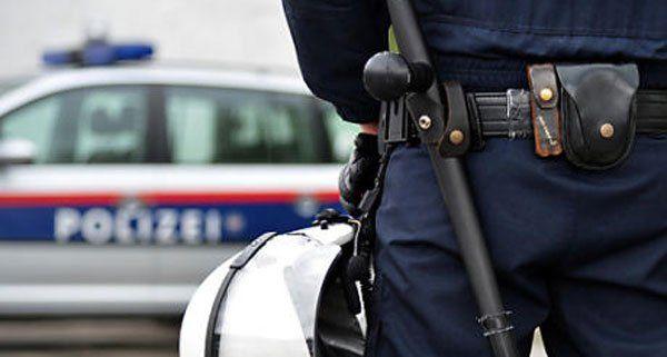 Schlepperfahrzeug auf S1 abgestellt -Verfolgungsjagd mit Schussabgabe.