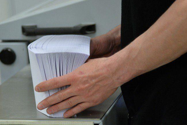 Die Stimmzettel sind bei der OÖ-Wahl am 27. September 2015 in den Kommunen unterschiedlich lang.