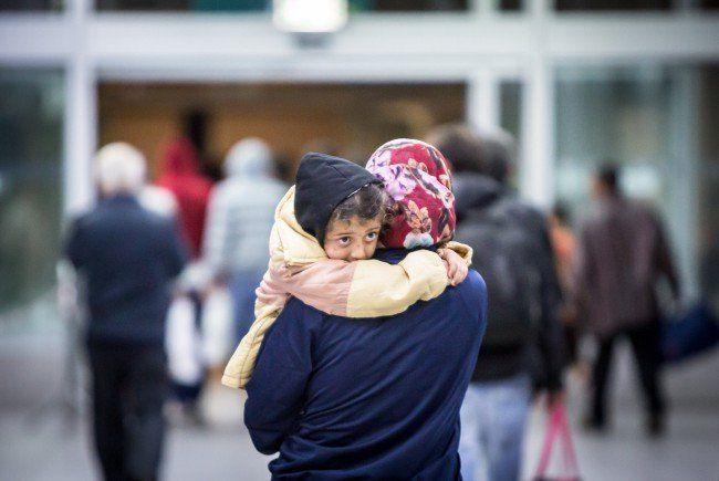 Tausende Menschen auf der Flucht