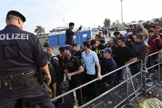 In Heiligenkreuz wird man dem Flüchtlingsansturm kaum Herr.