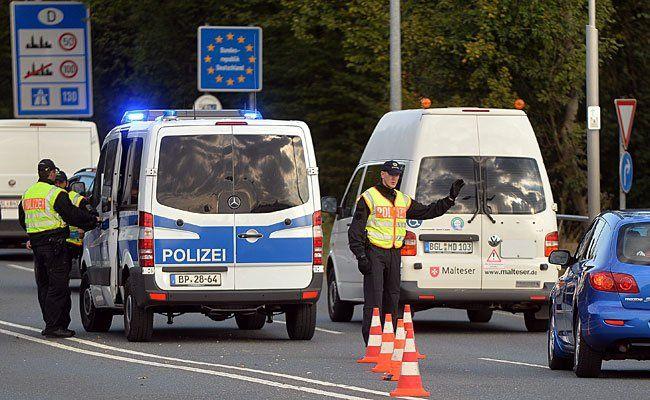 Grenzkontrollen am österreichisch-deutschen Grenzübergang Freilassing