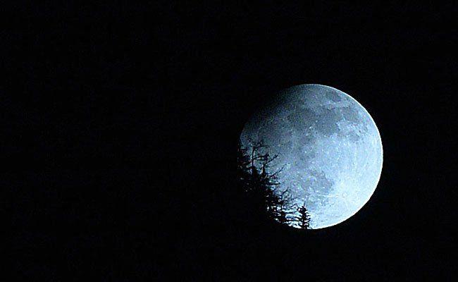 Wenn sich der Mond verfinstert