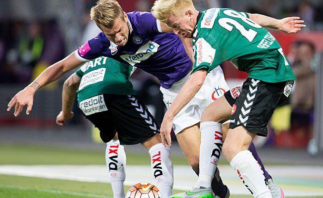 Florian Hart (SV Ried), Alexander Grünwald (FK Austria Wien) und Thomas Reifeltshammer (SV Ried) beim Spiel