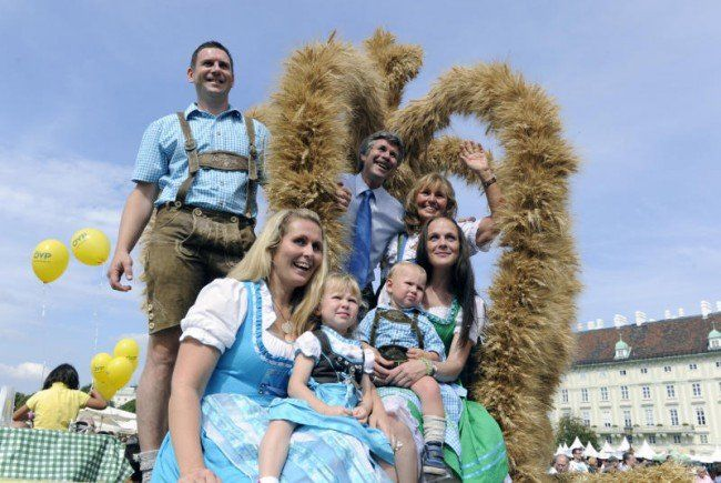 Das Erntedankfest lädt wieder auf den Heldenplatz.