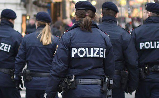 Polizisten bei Schottentor wurden auf den Mann aufmerksam.